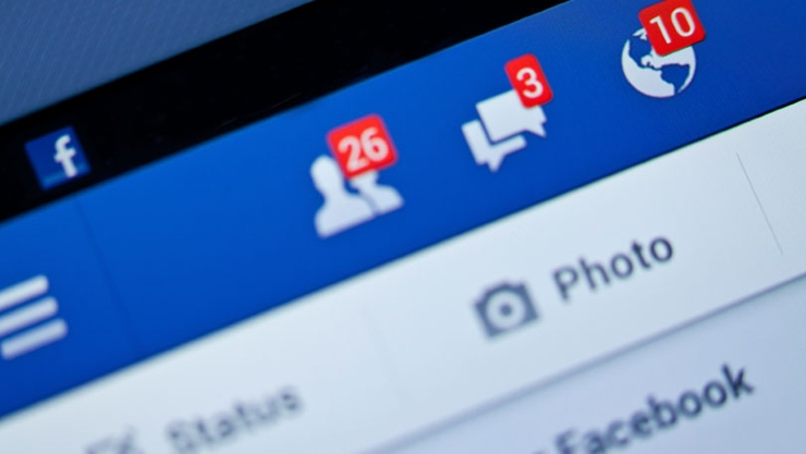 A new survey shows that social media is the biggest distraction students face while studying